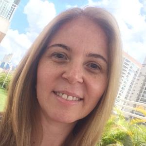 Fabíola Fernandes