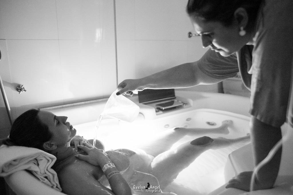 Tecnicas humanizadas no parto (6)