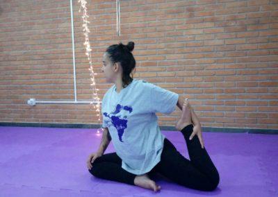 Yoga Feminino